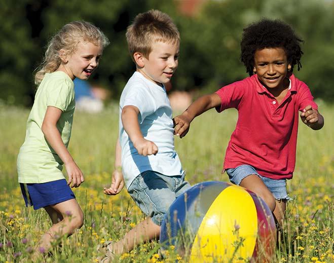 community-children-playing-sports/