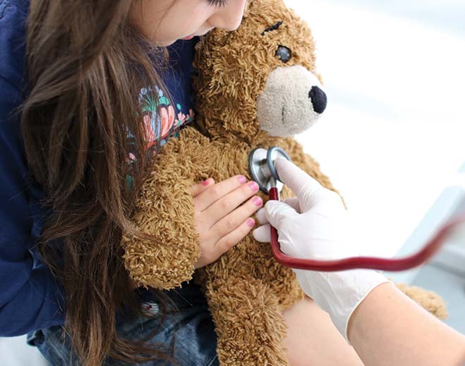 internal-news-young-child-teddy-bear/